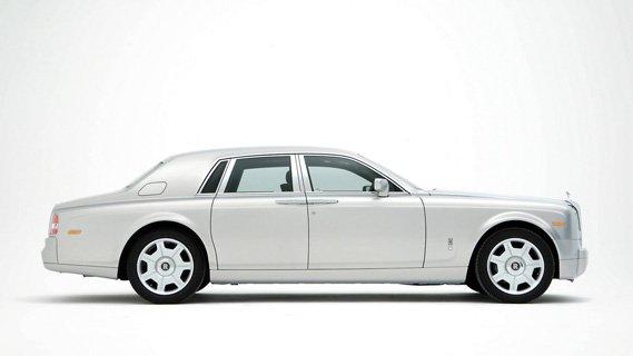 Luxury Chauffeur Driven Rolls-Royce Phantom from Luxian of London Wedding Chauffeurs